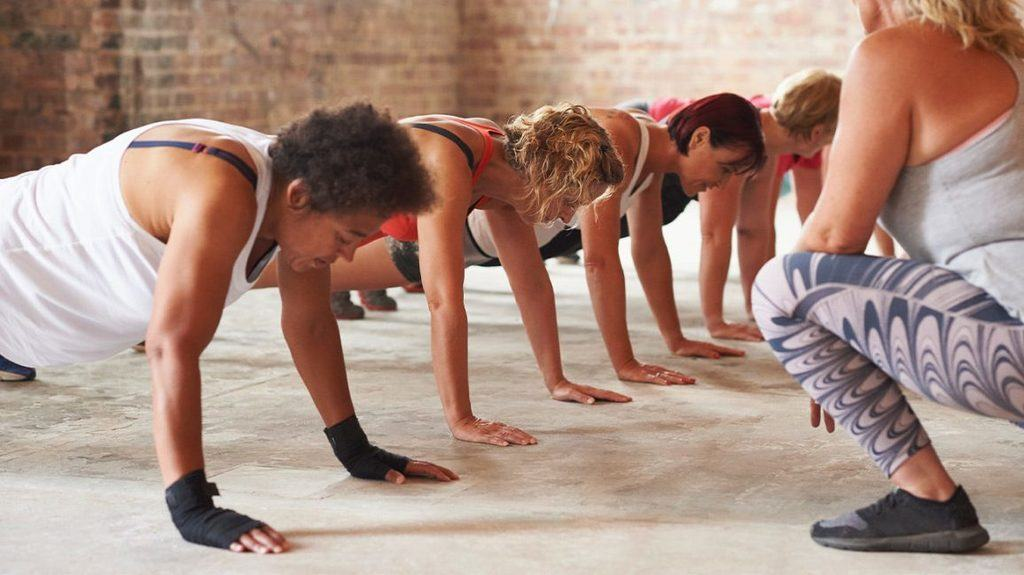 Gym challenges that target core muscles